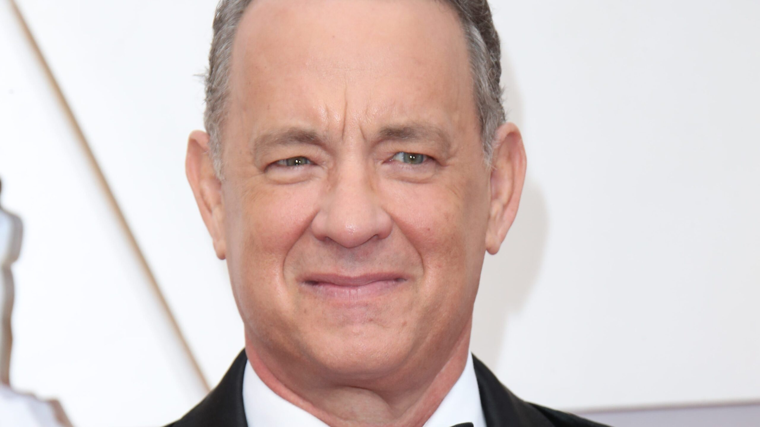 Tom Hanks Biography, Facts & Life Story Updated 2021