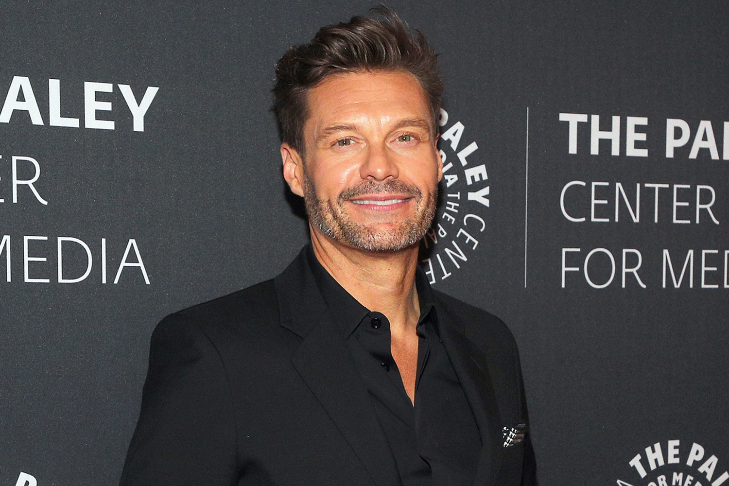 Ryan Seacrest Biography, Facts & Life Story Updated 2021