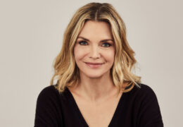 Michelle Pfeiffer Biography, Facts & Life Story Updated 2021
