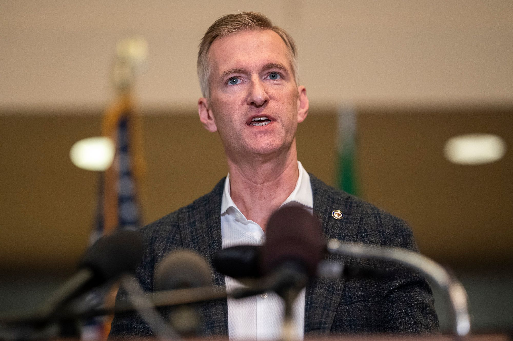 Portland mayor rips 'anarchists' after ongoing unrest
