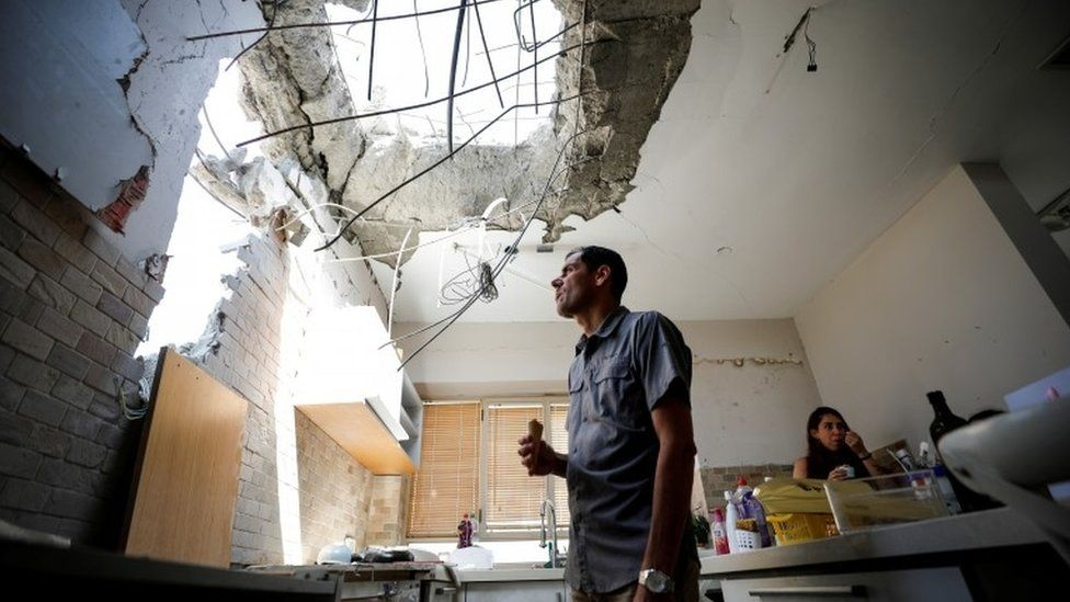 Clashes in Jerusalem hours after Israel-Palestinian ceasefire