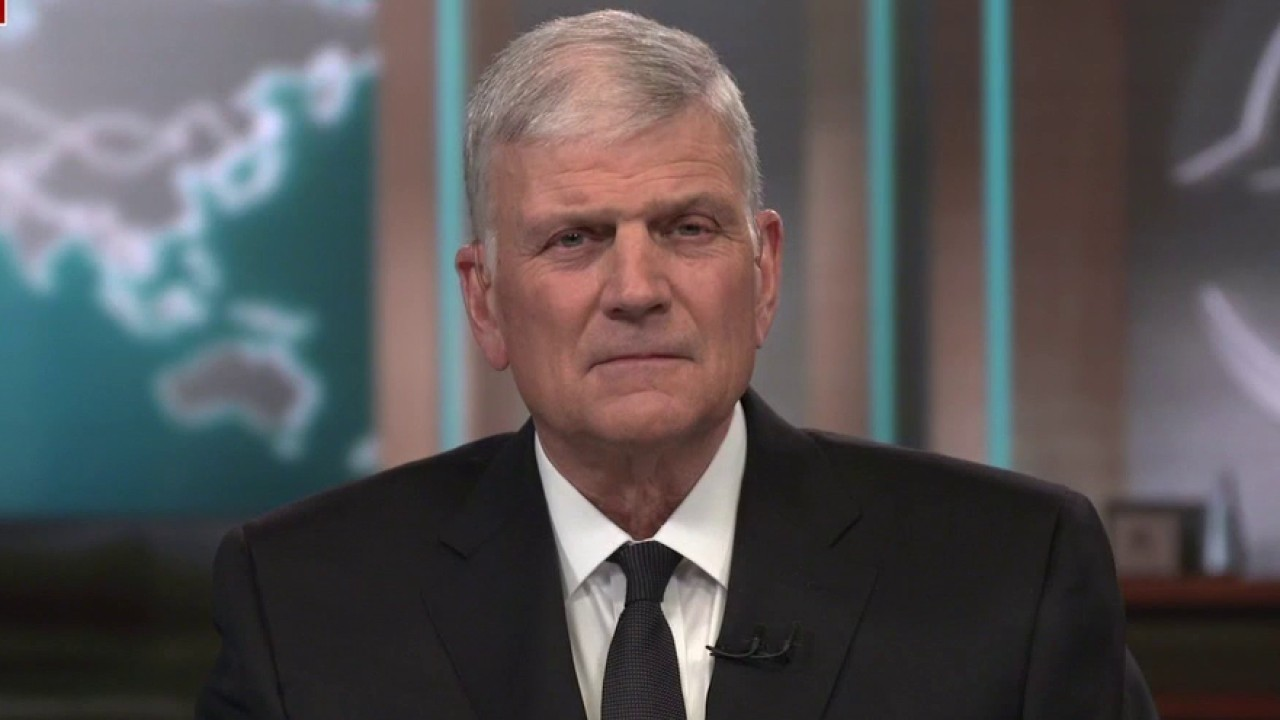 Franklin Graham reacts to Biden omitting 'God' from National Day of Prayer